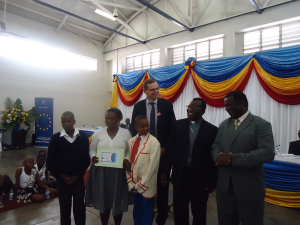 presentation-of-scripts-awards-to-St-Joseph-primary